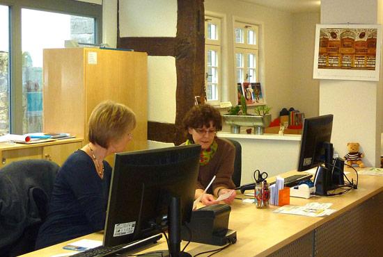 jahresbericht 2012 f rderverein stadtbibliothek lich. Black Bedroom Furniture Sets. Home Design Ideas